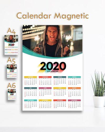 Calendar Magnetic 2020 personalizat cu poze ideal pentru frigider. Model 1