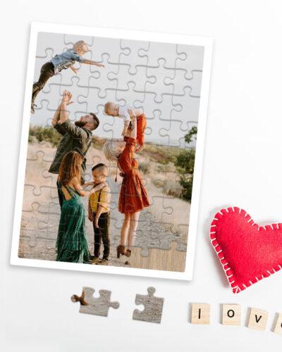Puzzle din lemn 60 piese personalizat cu poza ta